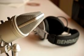 podcastmikeheadset1[1]